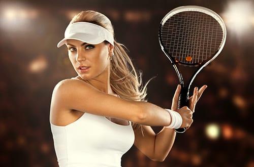 179047874_garota_jogando_tenis